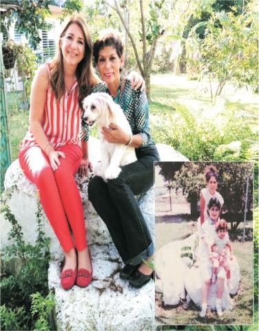 23 años después con Dali sentadas en la misma piedra. Lajas, PR.