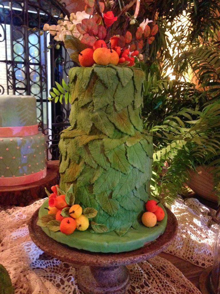Bizcocho de bodas verde