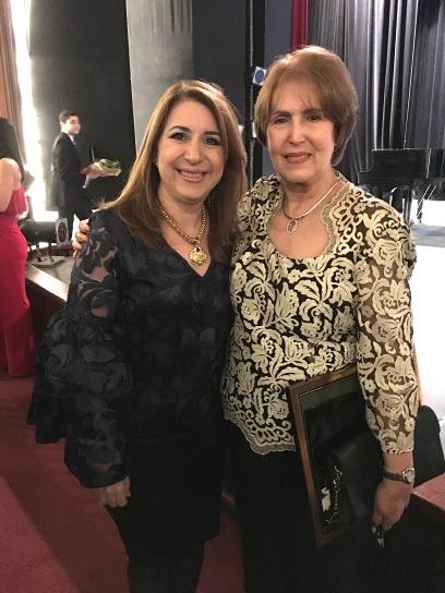 Con La Sra. Carmen Heredia
