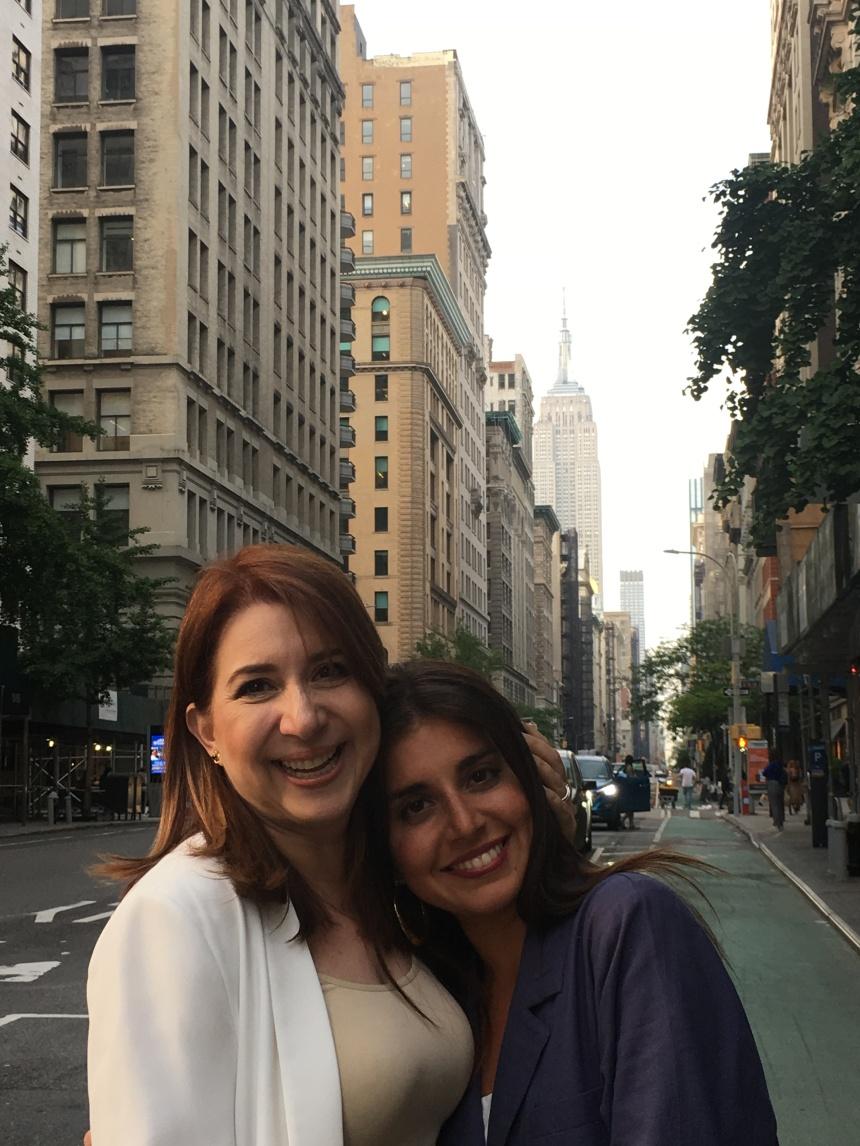 Jackie y Raqueli en Nueva York