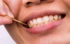 palillo y dientes