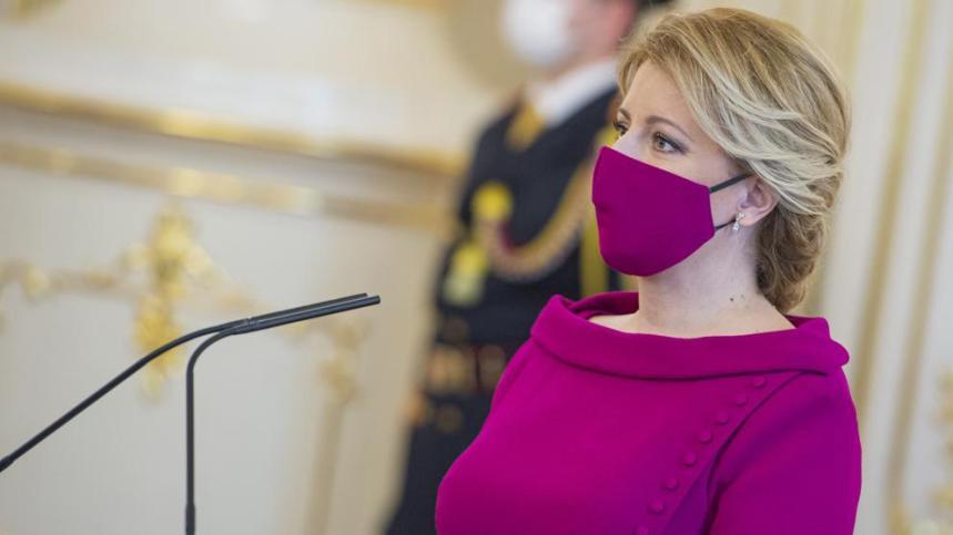 Mascarilla presidenta Eslovaquia