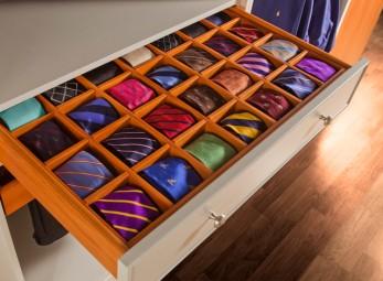 corbata en gaveta